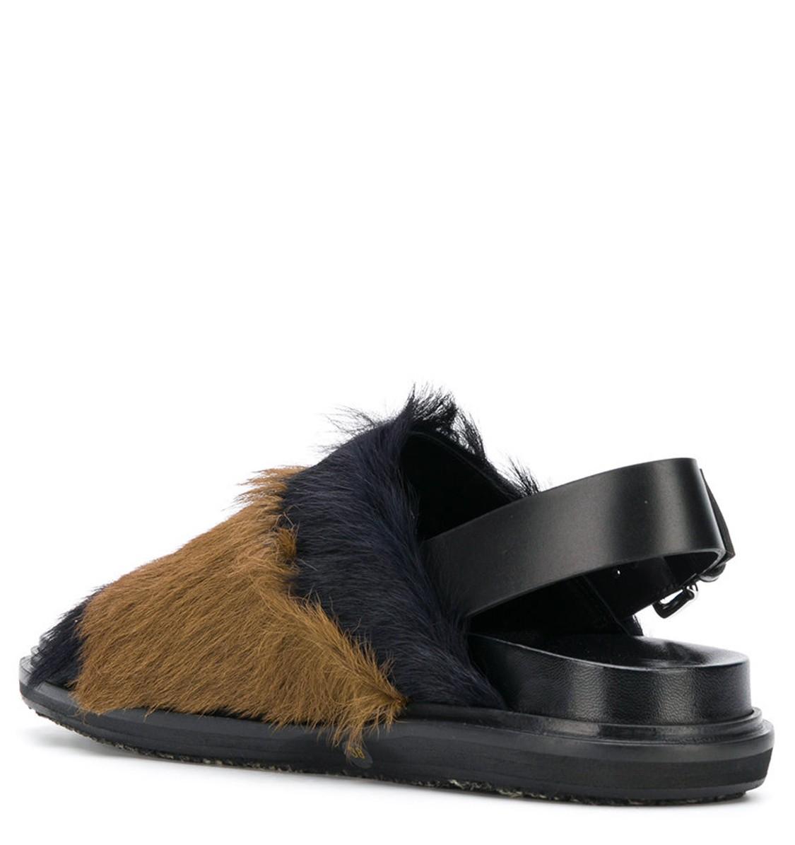 4dc572c0e2 shop Marni Saldi Scarpe: Fussbett Marni, in vitello, fascia bicolore in  pelliccia,